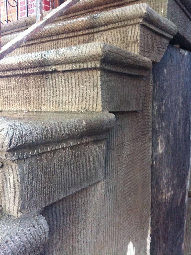 Stair scratch coat